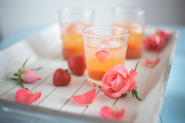 Strawberry Mango Rose - Frühlingshafter Prosecco Drink mit Campari