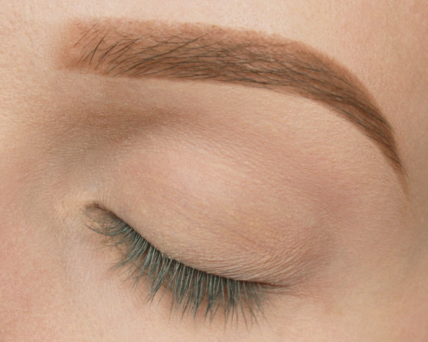 Soft Smokey Eye Step 1